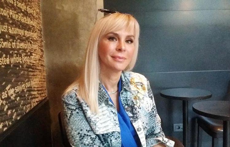 """Xalq artistinin qızı: """"Qışqırdım ki, atamı öldürməyin"""" - Müsahibə"""