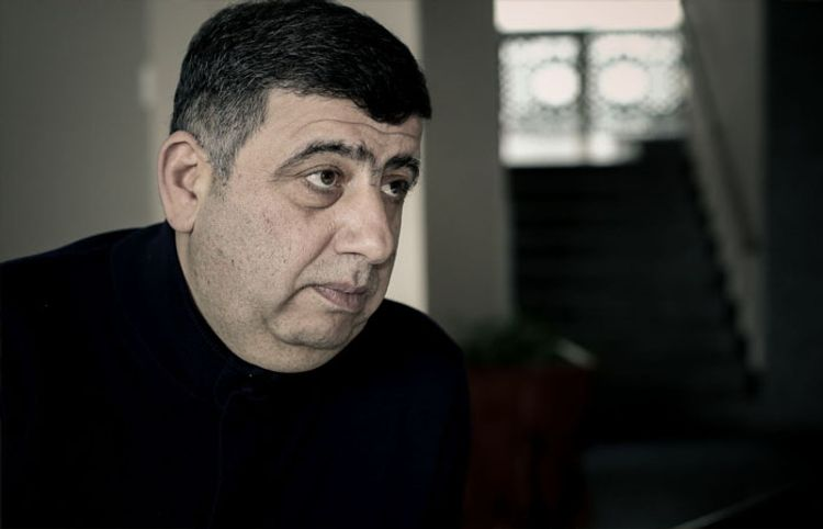 Futbol meydançasında yaşayan tösmərək – Orxan Fikrətoğludan yeni hekayə